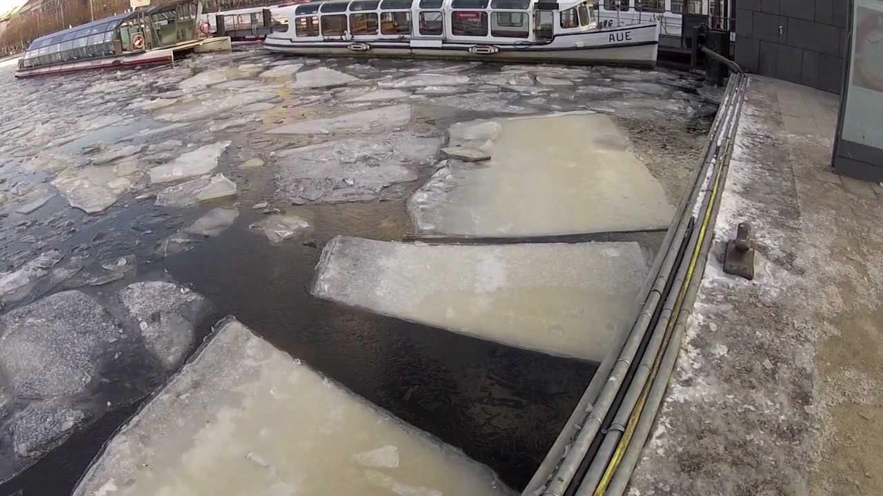 Hamburg - Frozen Alster & Alster Ice Festival (Travel Videoblog 013)
